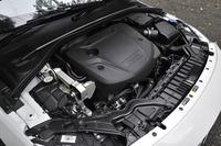 専用ソフトウエアによって、2リッター直4ディーゼルエンジンのパワーは190psから200psへ、トルクは40.8kgmから44.9kgmへ強化される。