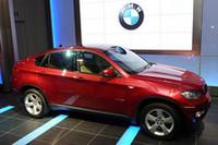 スポーツアクティビティクーペ「BMW X6」が日本上陸
