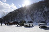 ずらりと並んだ試乗車の一群。試乗の舞台は長野県の白馬周辺。ランドローバーは特設コースと一般道、ジャガーは特設エリアでのみ試乗した。
