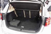 荷室の様子。最大1350リッターの荷室容量が確保される。