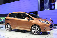 フォードの「S-MAX」「C-MAX」に続く、MAXシリーズの第3弾「B-MAX」は「フィエスタ」ベースのモノスペース。こちらもほぼこのまま市販されるだろう。