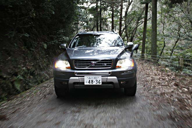 ボルボ XC90 V8 TE(4WD/6AT)【試乗記】