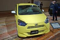 低燃費、低価格+αの魅力を目指して開発された2代目「ダイハツ・ミラ イース」。とはいえ、87万4800円からという価格は魅力的。