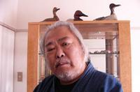 徳大寺有恒(とくだいじ・ありつね) 1939年東京に生まれる。成城大学経済学部卒。トヨタ・ワークスドライバーとして第2回日本グランプリや各種ラリーに出場した。その後、モータージャーナリストに転身、76年に上梓した『間違いだらけのクルマ選び』(草思社)が、一大ベストセラーとなる。近著は、「大人のためのブランドカー講座」(新潮社)「間違いだらけのクルマ選び(05年冬版)」(草思社)など。