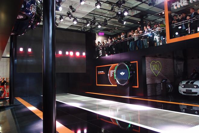 2013年の東京モーターショーは、新型MINIのお披露目の場でもある。