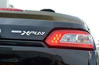 LED式リアコンビランプの傍らには「XPLAY(エクスプレイ)」のエンブレムが添えられる。