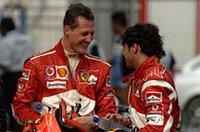 2.4リッターV8初年度、これまで圧倒的な信頼性を誇っていたフェラーリにもトラブルが発生した。ミハエル・シューマッハー(左)、フェリッペ・マッサ(右)ともエンジン交換(マッサは2回)。シューマッハーは予選14位から2ストップで、マッサは同21位から1ストップでレースにのぞみ、マッサがシューマッハーを抑えきって5-6フィニッシュ。ポイント獲得で被害を最小限にとどめた。(写真=Ferrari)