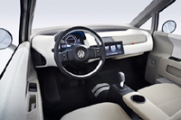 """VWから""""第三の「up!」""""今度はクリーンでコンパクトなバン【LAショー07】の画像"""