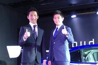 SUPER GTのドライバーを務める井口卓人選手(右)、山内英輝選手(左)。