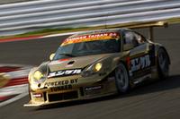 GT300クラスで優勝したNo.26 ユンケルパワー タイサン ポルシェ(谷口信輝/ドミニク・ファーンバッハー組)