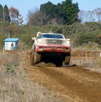 ジャンプ一番! マシンは、トヨタ車体の食堂や取引先などから回収した廃食油を使った、バイオディーゼル燃料で走行。環境面もアピールされる。