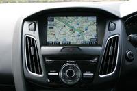 フォードの音声認識システム「SYNC」と両立可能な純正ナビゲーションシステムを装着したところ(連載第13回)。やはりナビがあると便利で、装着以降、仕事の出番がさらに増えたように思う。