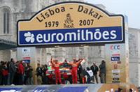 リスボンから自身20回目のダカール・ラリーをスタートさせた増岡浩。25年連続出場で7連覇・通算12勝をあげた三菱勢の期待を背負う。