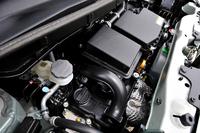 新型0.66リッター直3エンジンはタイミングチェーンの摩擦抵抗低減などの改良が加えられて効率が高められた。