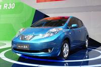 電気自動車の「ヴェヌーシアe30晨風」(日本名:日産リーフ)。