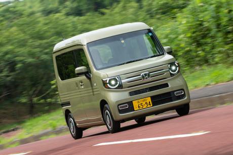 ホンダの新たな軽商用車「N-VAN」に試乗。先進の運転支援システムや助手席側ピラーレス構造、画期的なシー...
