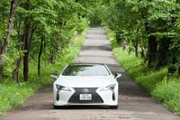 レクサスがオフィシャルパートナーを務める、「ダイニングアウト」の第11弾が北海道ニセコ町で開催された。2日目には、新型「LC」など最新のレクサス車を試乗するスケジュールも組まれていた。