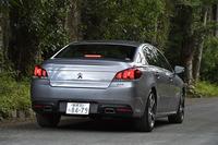 「508」シリーズにはこれまで1.6リッターのガソリンターボエンジンが搭載されてきたが、今後は2リッターBlueHDi専用モデルになる予定。「508GT BlueHDi」の車両価格は434万円。