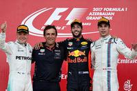 F1第8戦アゼルバイジャンGPを制したレッドブルのダニエル・リカルド(写真右から2番目)、2位に終わったメルセデスのバルテリ・ボッタス(同左端)、3位に入ったウィリアムズのランス・ストロール(同右端)。(Photo=Red Bull Racing)