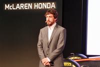 フェラーリから移籍したフェルナンド・アロンソ。「ホンダに受け入れてもらえて本当にうれしい。ぜひこのチームで、3度目のタイトルを手に入れたい」。
