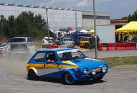 ラリーカー・ショーで走る「フィアット・リトモ」。