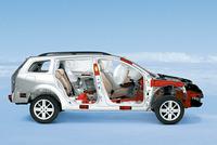 衝突安全テストの成績がよいのが、ルノーのジマン。「ユーロNCAP」において、「メガーヌ」「ラグナ」「ヴェルサティス」「エスパス」「セニック」が最高評価の5ツ星を得た。メガーヌワゴンには受動安全装備として、衝撃の度合いによって2段階の大きさに展開される「前席ダブルエアバッグ」はじめ、「前席&後席サイドエアバッグ」「カーテンエアバッグ」が全グレードに標準装備される。