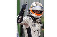 予選でまさかの初ポールポジションを決めてみせたニコ・ヒュルケンベルグ。23歳のドイツ人ルーキーは、真っ向勝負でチャンピオンマシン、レッドブル「RB6」を1秒以上突き放した。レースではあっという間に3位に落ちたが、アロンソ、ハミルトンには善戦。ピットストップのタイミングでマクラーレンに先を越され、結果8位でレースを終えた。シーズン途中、来季の残留が微妙とうわさされていたが、この活躍は大きな弾みとなるはずだ。(写真=Williams)