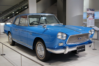 1960年「プリンス・スカイラインスポーツ クーペ」(日産蔵)。フェンダーミラーはノンオリジナル。