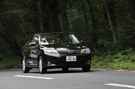 トヨタ・カローラ アクシオ1.5LUXEL(FF/CVT)……238万743円2012年5月にフルモデルチェンジした「トヨタ・...