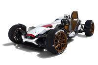 ホンダが提案する新しいモビリティー「プロジェクト2&4 powered by RC213V」。