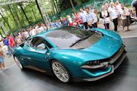 トリノデザイン社が会場で世界初公開した「ATSワイルドトゥエルヴ コンセプト」。全長×全幅×全高は4.4×2.2×1.2mで、12気筒800psエンジンの搭載を想定したスーパースポーツである。