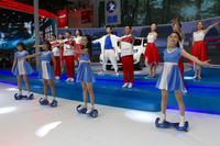 北京モーターショー2016の会場から。日産のサブブランドであるヴェヌーシアのショータイム。