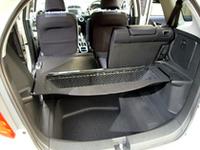フロア下にスペアタイヤは置かれない。ボードをアレンジして空間を広げたり、棚を作ったりできる(ウルトララゲッジ)。