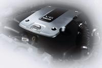 クーペとSUVを融合、「日産スカイラインクロスオーバー」デビューの画像