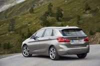 3代目「MINI」のプラットフォームをベースに開発された「BMW 2シリーズ アクティブツアラー」。BMWブランドからリリースされる初のFF車となる。