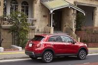 4WDの「クロスプラス」のボディーサイズは、全長×全幅×全高=4270×1795×1625mm。FFモデルより全長が20mm長く、全高が15mm高い。