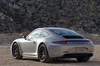 今回、合計4種の「911カレラGTS」モデルが登場したが、いずれもワイドなリアフェンダーを持つ「911カレラ4」(全幅1852mm)のボディーが採用されている。写真は「911カレラGTS」。