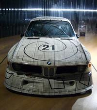クルマ好きとしても知られる、フランク・ステラの作品(3.0CSL)。ルマン24時間やマニュファクチャラーズ選手権に参戦した。
