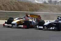 """ルノーの""""問題児""""、ネルソン・ピケJr.は、過去3戦の不調を払いのけようと健闘し10位で完走した。元ワールドチャンピオン、フェルナンド・アロンソは8位に入りぎりぎりの入賞。(写真=Renault)"""