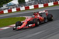 今年7戦目にして、初めて予選でチームメイトのセバスチャン・ベッテルを上回り3番グリッドからスタートしたキミ・ライコネン。しかし3位走行中にトルクマップの問題でスピン、同郷のバルテリ・ボッタスに3位の座を明け渡してしまった。4位入賞には満足できないだろう。(Photo=Ferrari)
