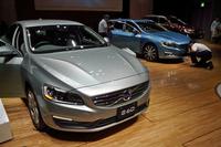 手前から2014年モデルの「S60」「V60」「XC60」。