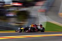 予選で失敗しQ2敗退となったレッドブルのセバスチャン・ベッテル。レースではオーバーテイクを繰り返し、10周のうちに12位から3位へと躍進。タイヤも上手にコントロールし、1ストップ作戦で2位表彰台にのぼった。ランキングでも2位に上昇、3連覇の夢はまだ諦めていない。(Photo=Red Bull Racing)