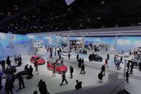VW、「up!」と「ビートル」を中心に魅力的なコンセプトモデルを展示【フランクフルトショー2011】