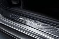 カーボンパーツが目印の特別な「メルセデスAMG GT」が登場の画像