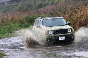 ジープ・レネゲード トレイルホーク(4WD/9AT)【試乗記】