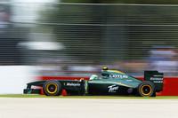 ニューカマー3チームのなかで頭ひとつ抜け出ているロータス。ヤルノ・トゥルーリはハイドロリックトラブルでスタートすら切れなかったが、ヘイキ・コバライネン(写真)は、19番グリッドから13位完走を果たした。(写真=Lotus Racing)