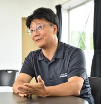 <プロフィール> 1985年入社。「カローラ」の設計室で17年間ボディー設計に携わる。2001年に「レクサスLS」の製品企画室に異動し「LS460」と「LS600h」を担当。その後、欧州向け商用車や3代目「プリウス」、「プリウスPHV」、4代目プリウスの開発責任者を務めた。