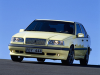 「850シリーズ」。新型「V40」が日本に上陸した2013年から数えて22年前の、1991年に発表された。(写真=VOLVO)