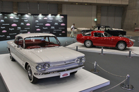 主催者展示コーナー。手前から「シボレー・コルベア モンザ」、「アルファ・ロメオ・ジュリアTZ」、そして「メルセデス・ベンツ220SEbクーペ」。