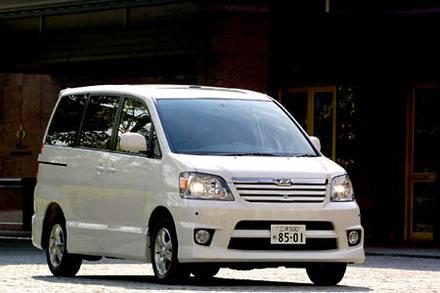 トヨタ・ノア S 4WD Gセレクション(4AT)【ブリーフテスト】